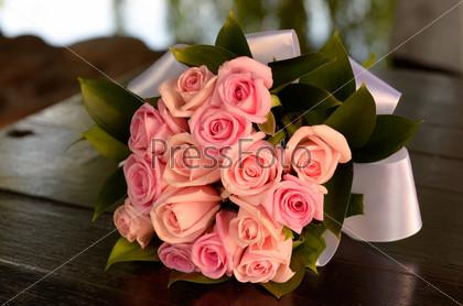 15 роз с доставкой по Москве